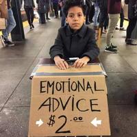 11岁小男生地铁摆摊情感咨询,每次仅收两美元