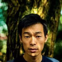 他曾是耶鲁大学毕业的中国高材生,年薪可高达6位数的精英!如今却沦落到了农村一无所有……
